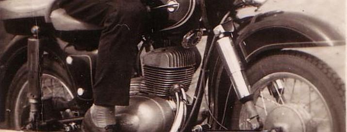motor-stara-fotografia